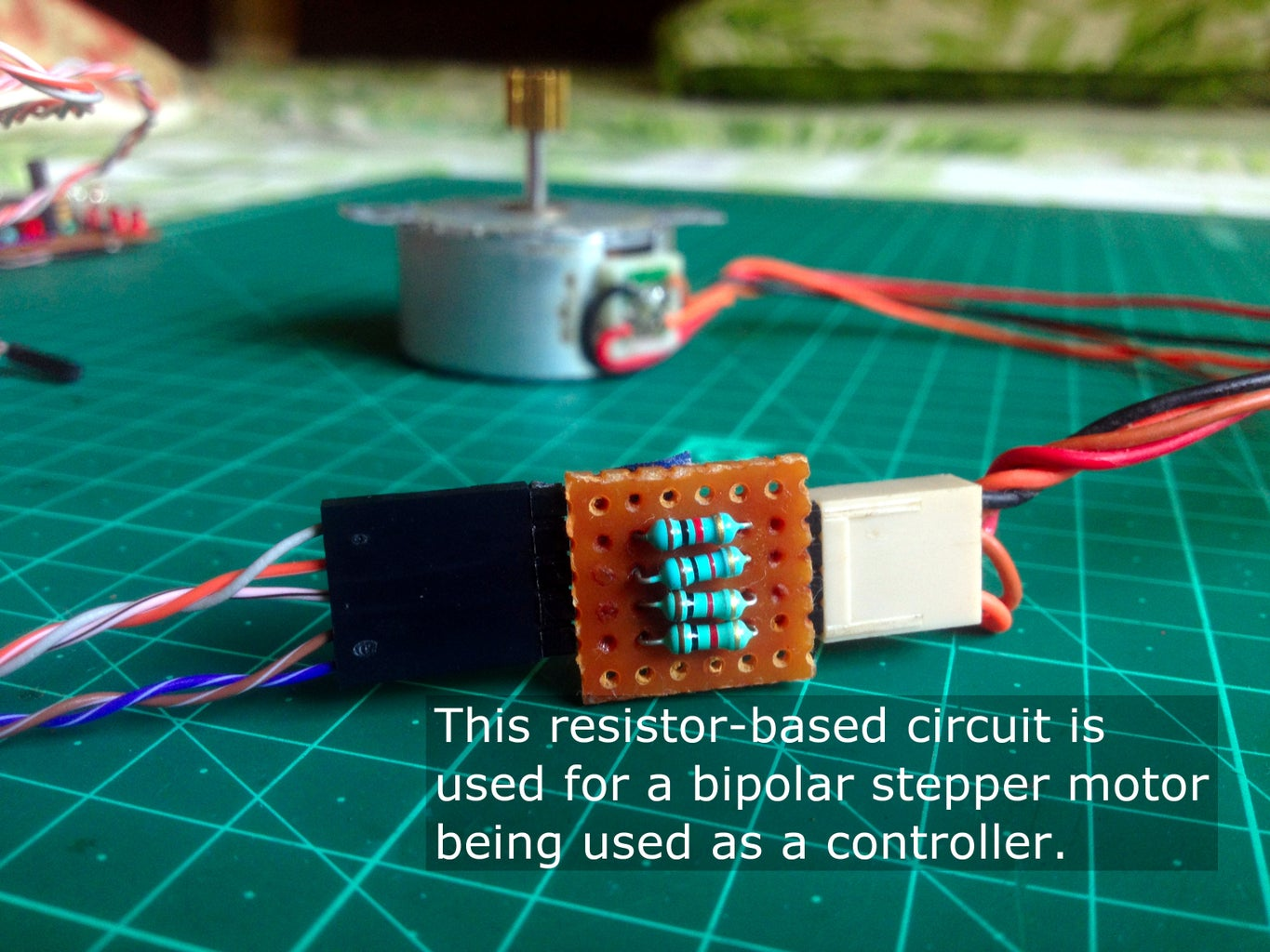 Connect the Controller Stepper Motor to the Amplifier