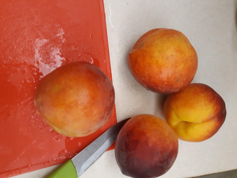 Prepare the Peach Puree