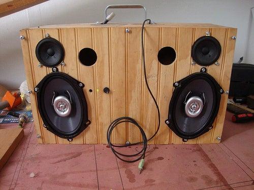 Wino Boogie Boom Box