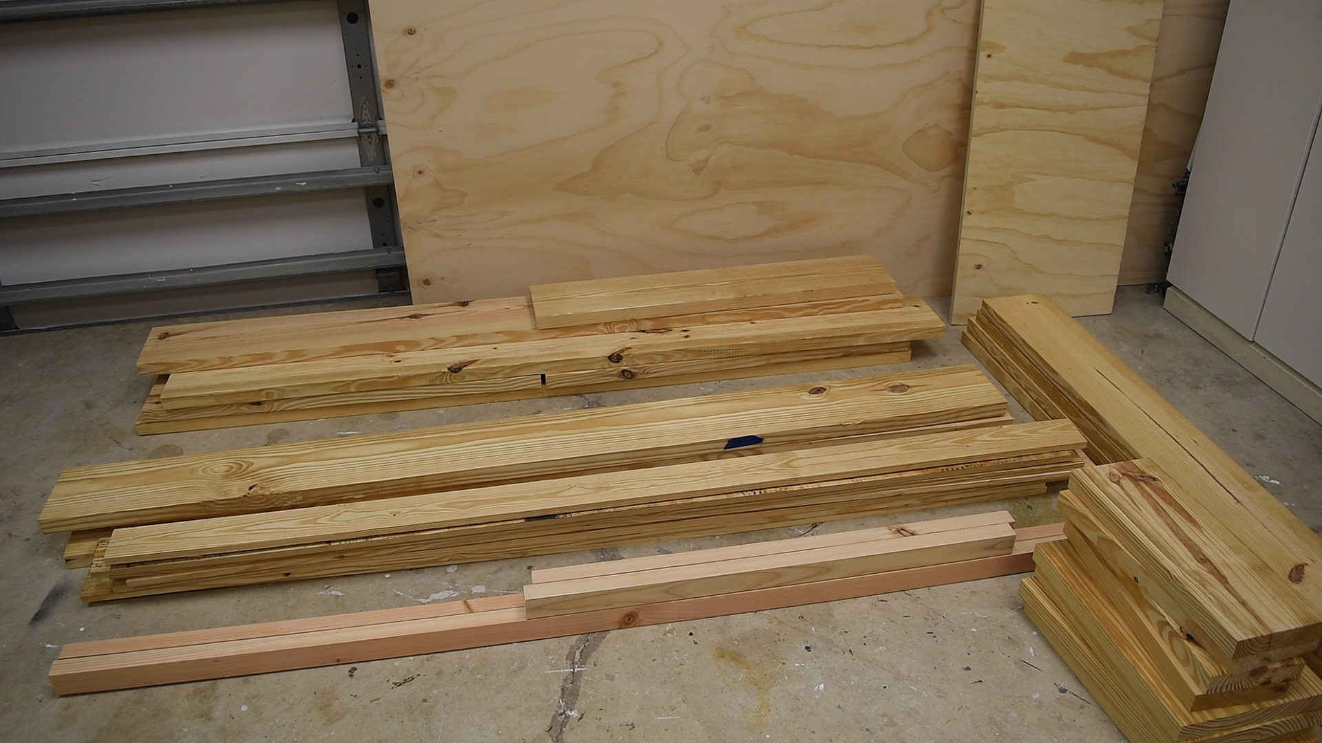 Diy Platform Bed With Floating Night Stands 7 Steps With Pictures Instructables
