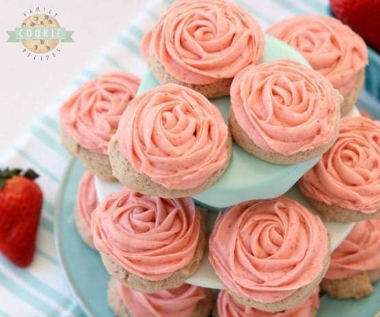 Frosted Strawberry Cookies