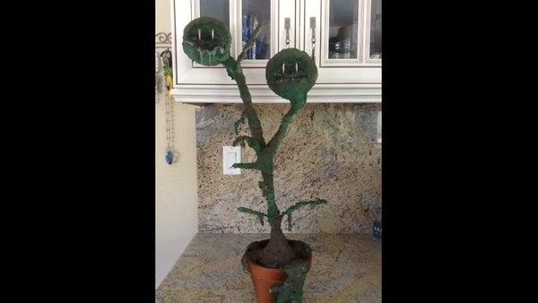 Carnivorous Plant Halloween Prop