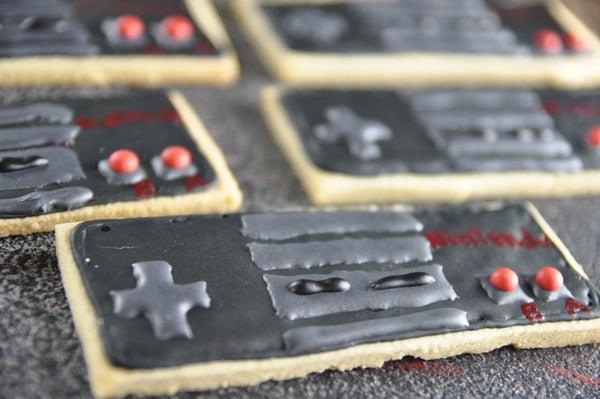 How to Decorate Nintendo NES Controller Cookies!