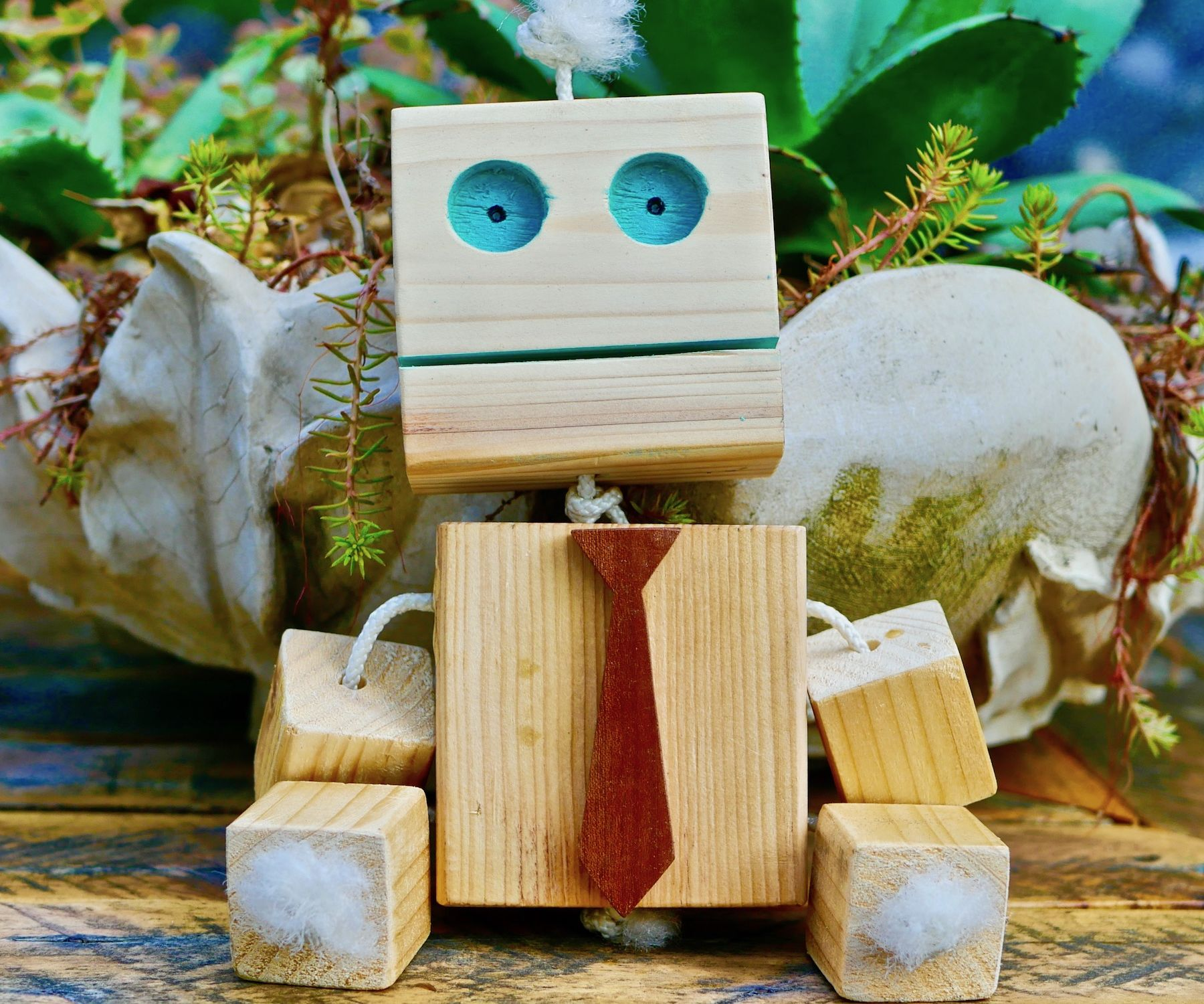 Wooden Robot DIY Homemade Toy