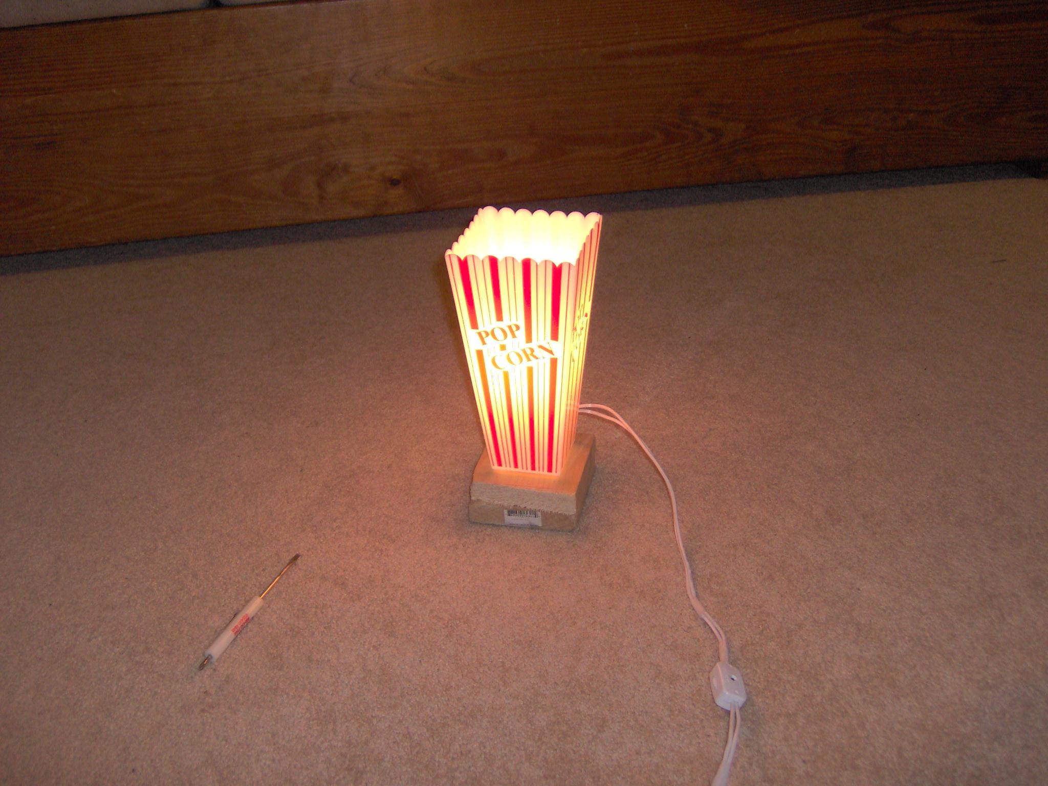 Popcorn Lamp