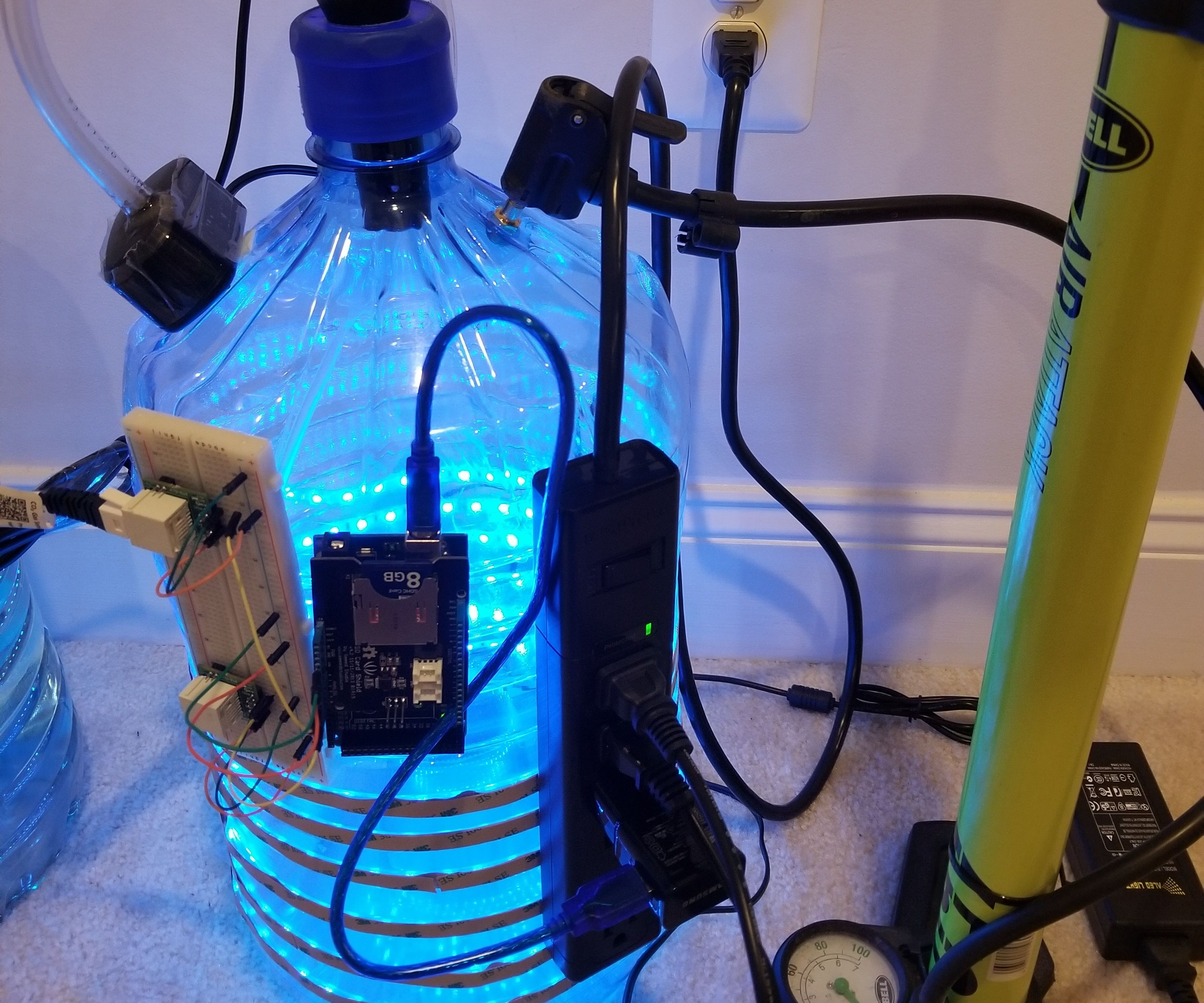 Autonomous Pressurized Photobioreactor