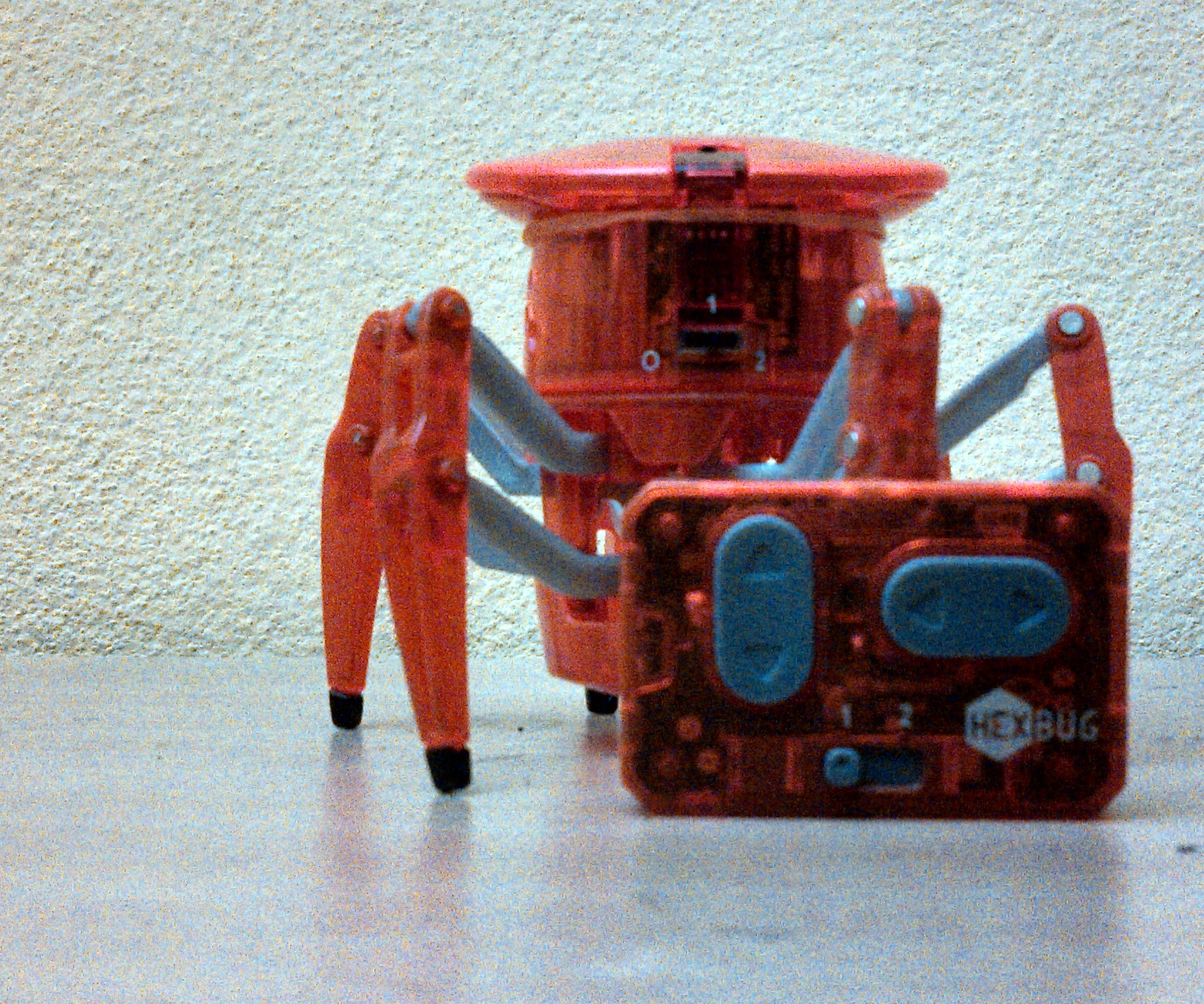 MODIFY YOUR HEXBUG SPIDER WITH WASTE MATERIAL.