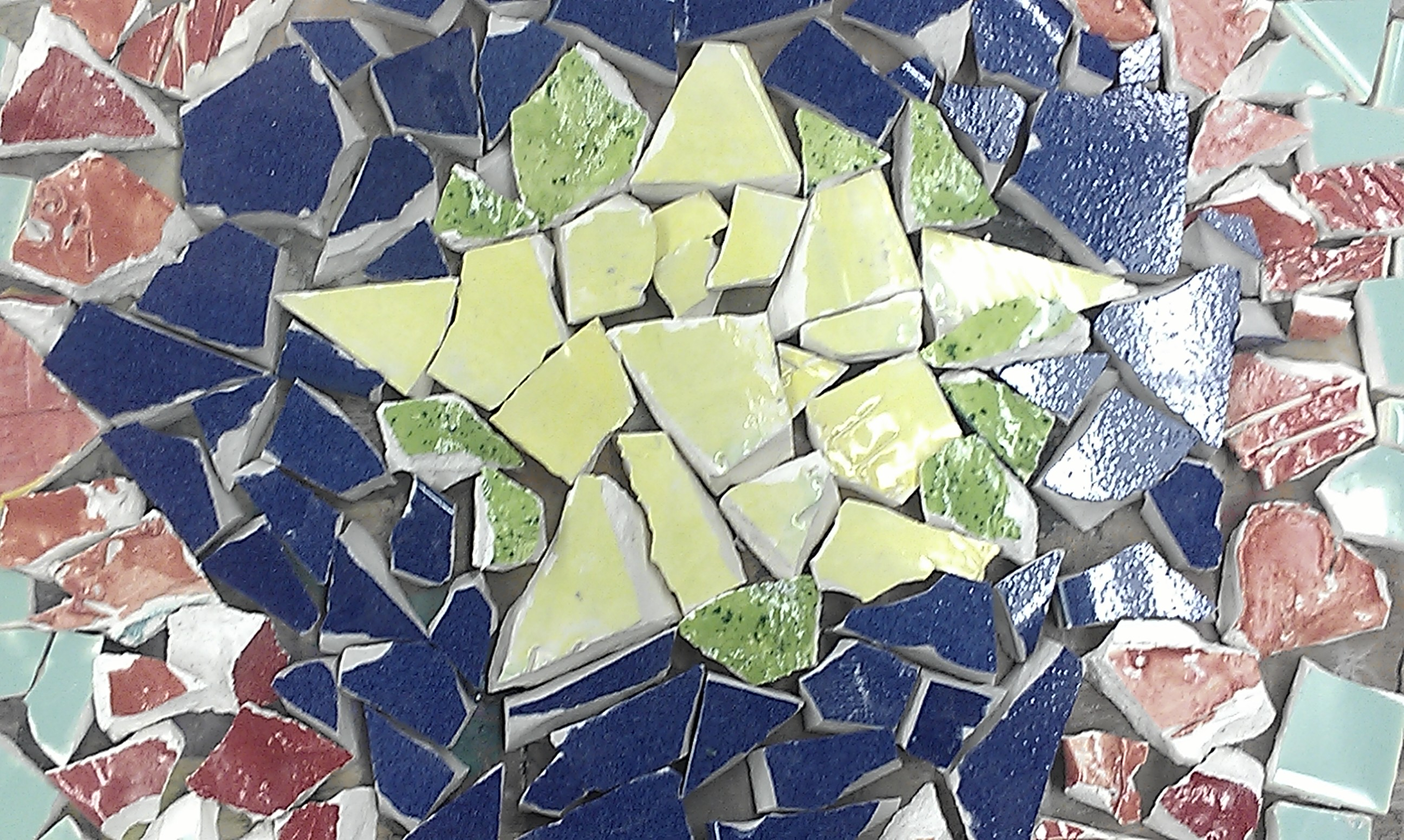 Recycle ceramics into awesome Mosaic stepping stones