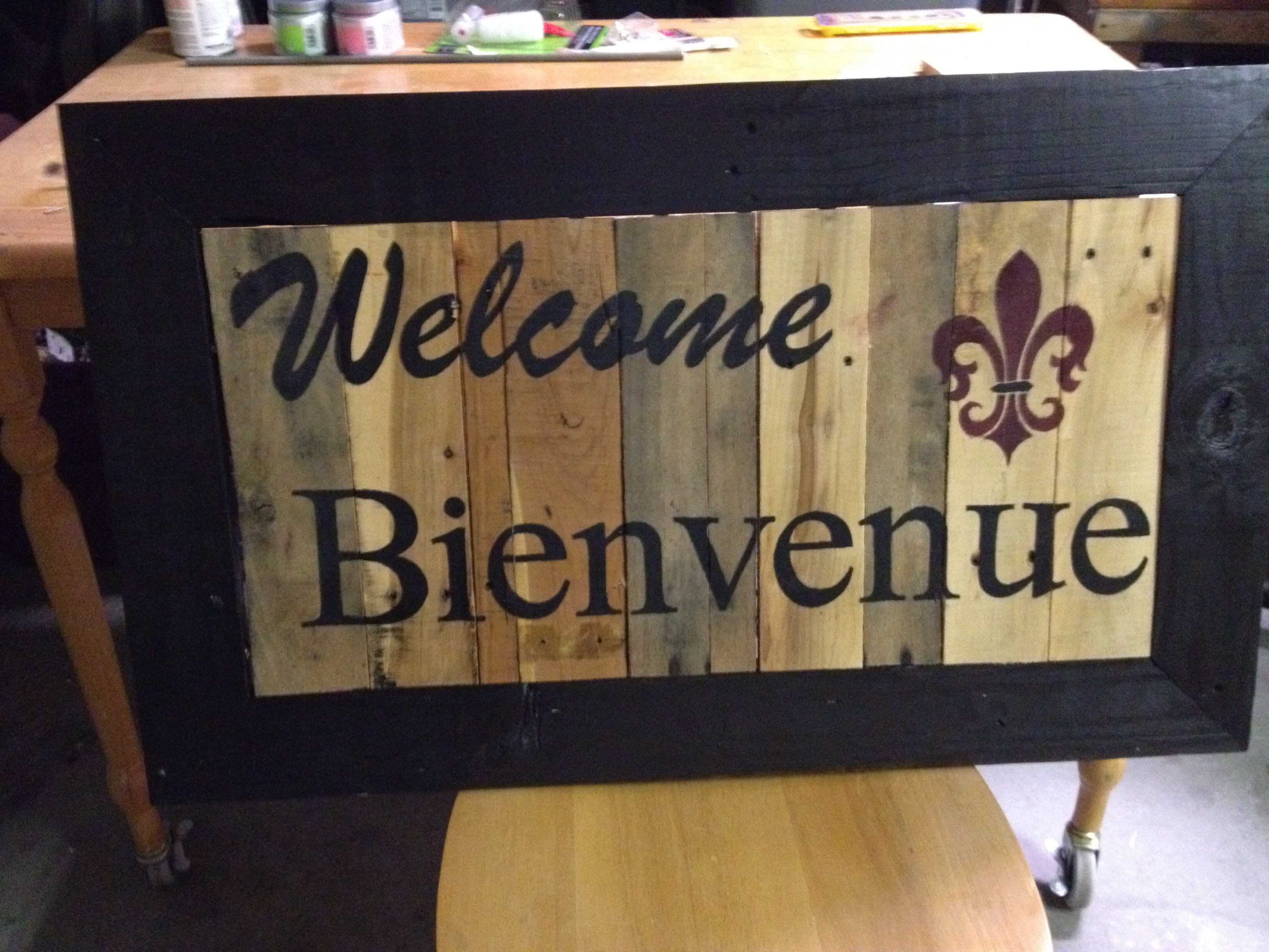 Pallet Welcome Sign