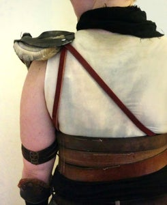 Shoulder: Pad and Doodads