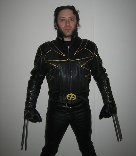Wolverine Costume with Retractable Claws
