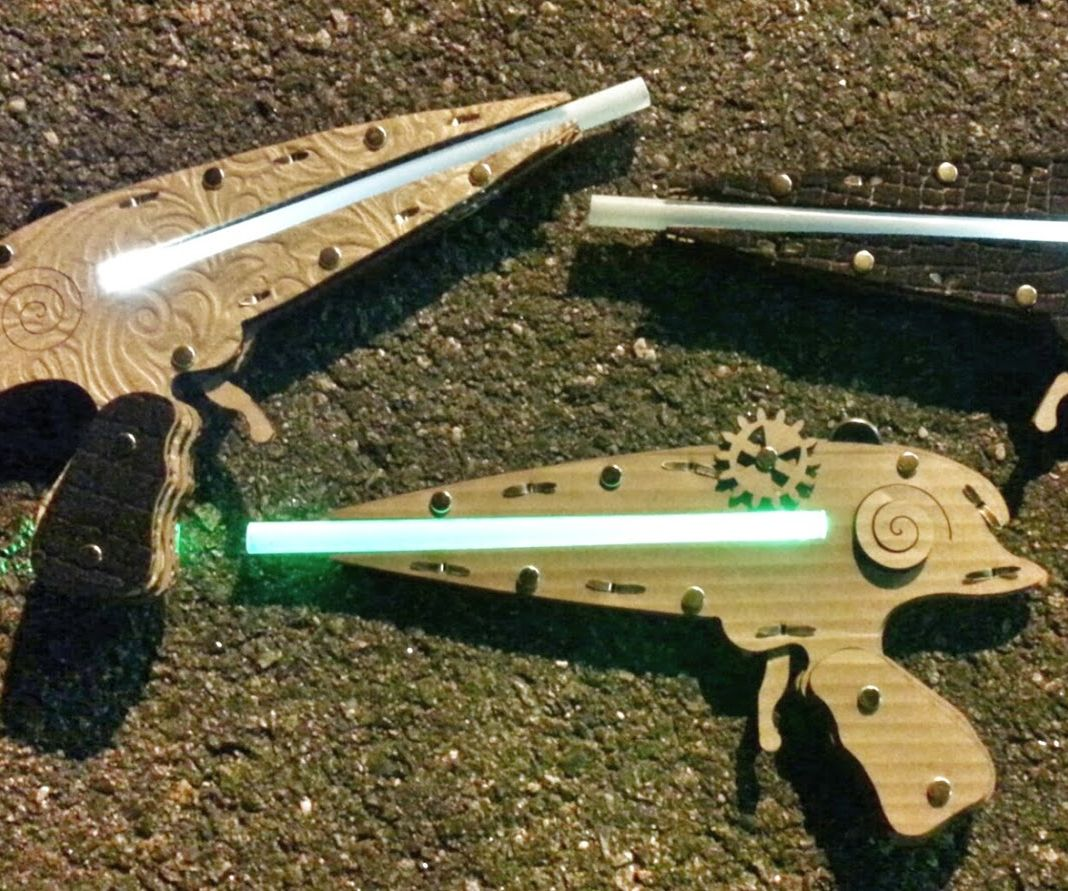 Easy Steam Punk Laser Pistol That Lights Up