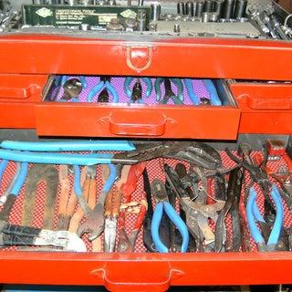 RedBoxPliers.jpg