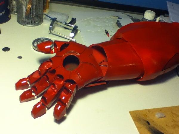 Iron Man Mark 7 Portable Hand-mounted Auto-attatched Repulsor/Coilgun/Tazer