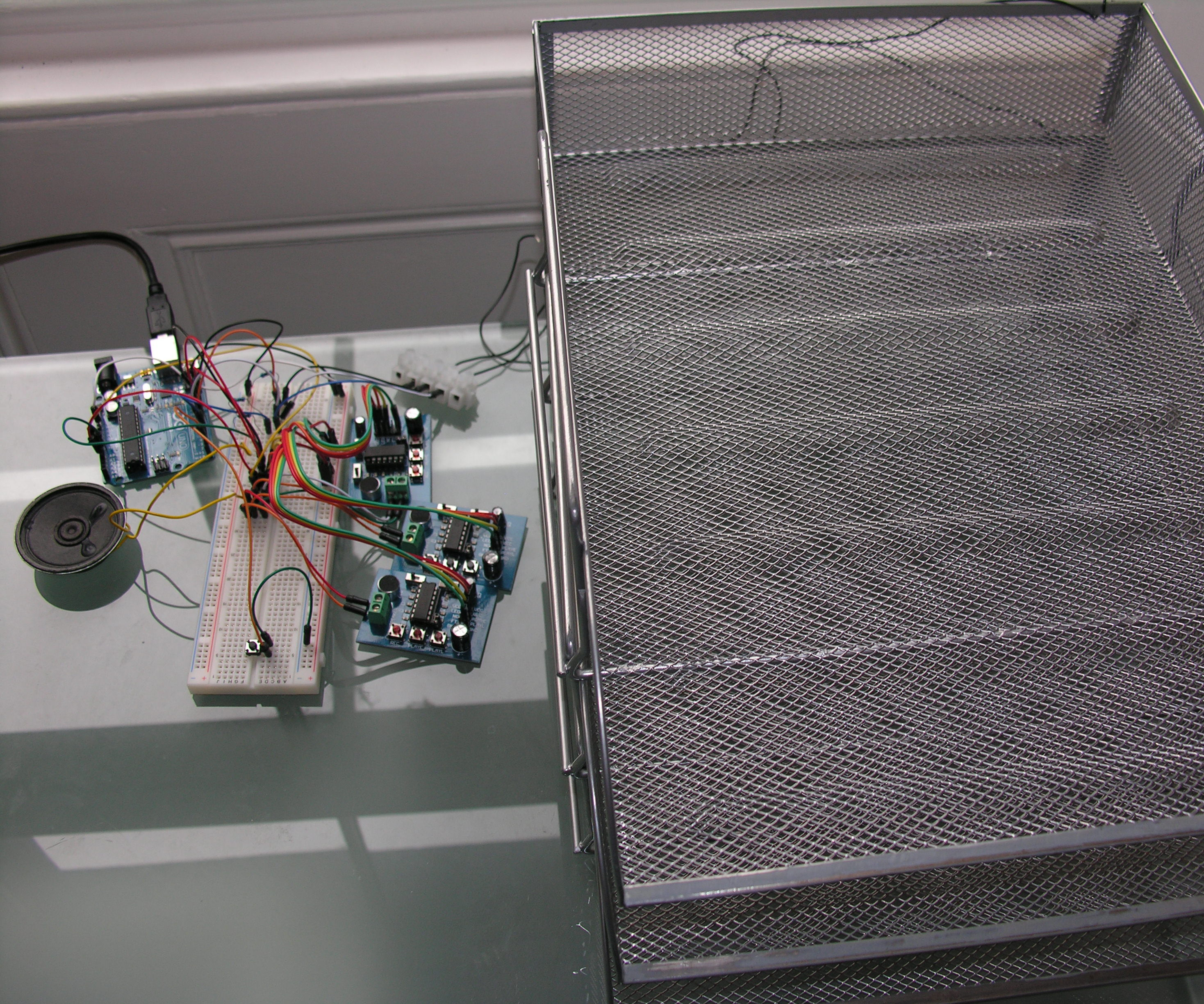 Touch Sensitive Audio Desk Trays- Arduino