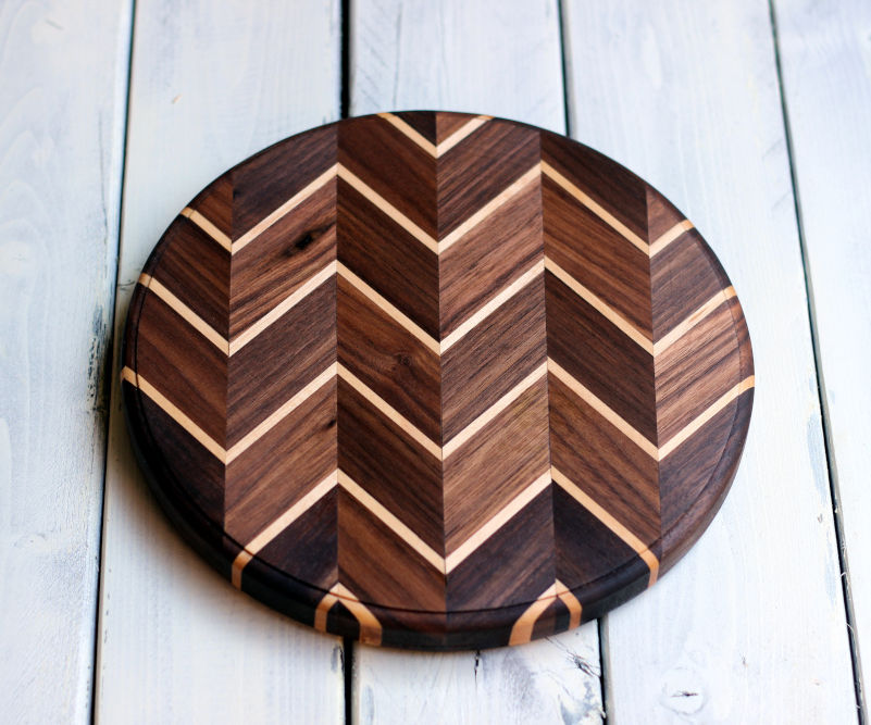 DIY Chevron Cutting Board