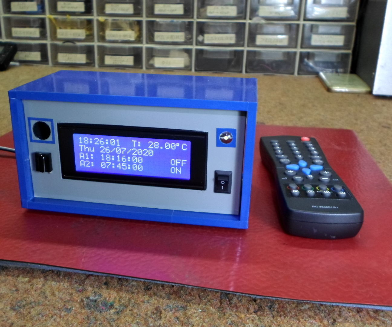 Big Arduino LCD Clock With Two Alarms and Temperature Monitor Controlled by IR TV Remote