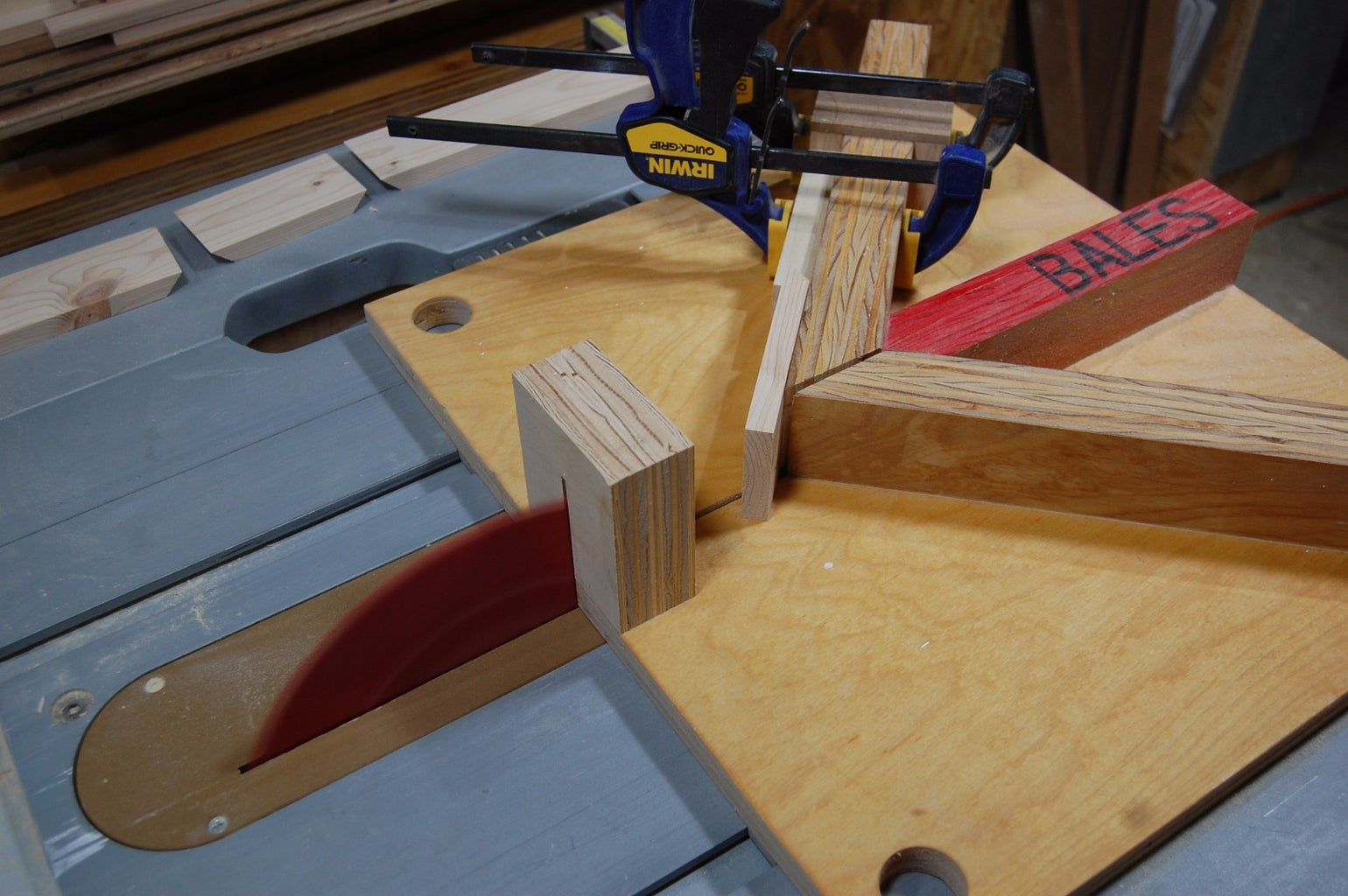 Box Sides With Continuous Grain