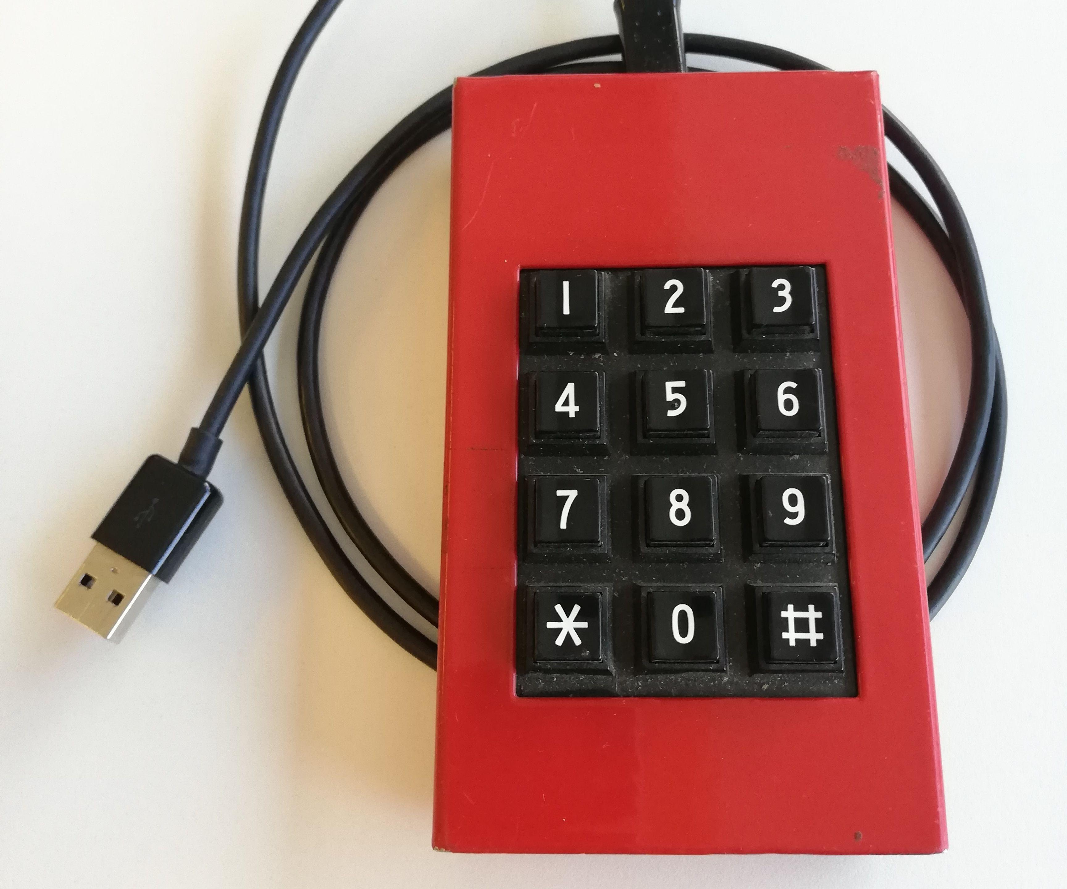 DIY Keypad to USB Keyboard That Beeps Random