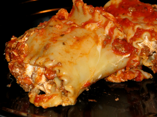 Meaty Lasagna Roll Ups
