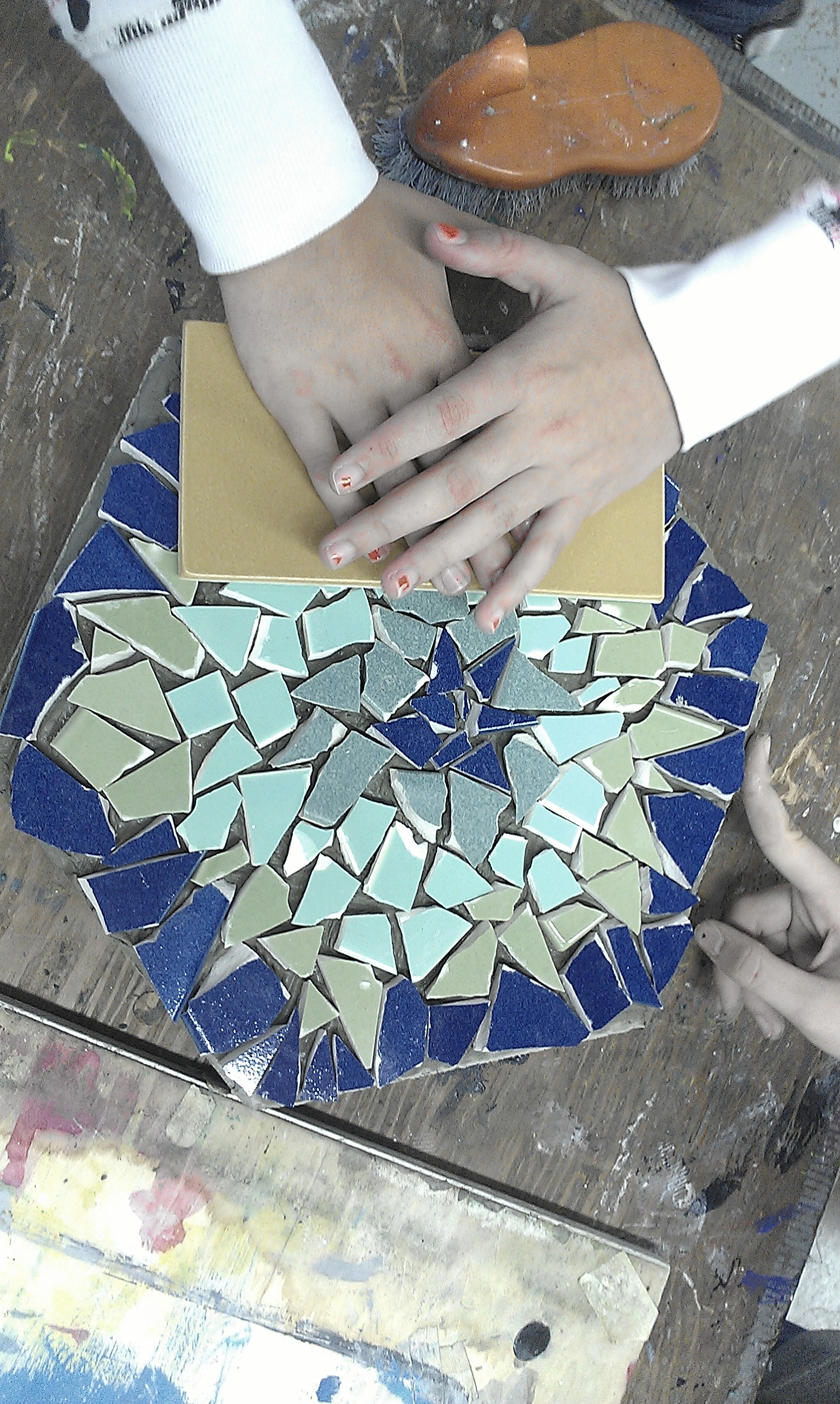 Recycle Ceramics Into Awesome Mosaic Stepping Stones 15 Steps Instructables