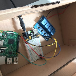 Raspberry Pi Garage Door Opener