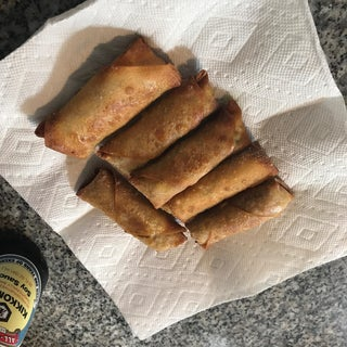 How to Roll Egg Rolls