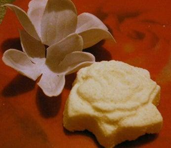 Soft As Silk: Mousturizing Milk Bath Bombs