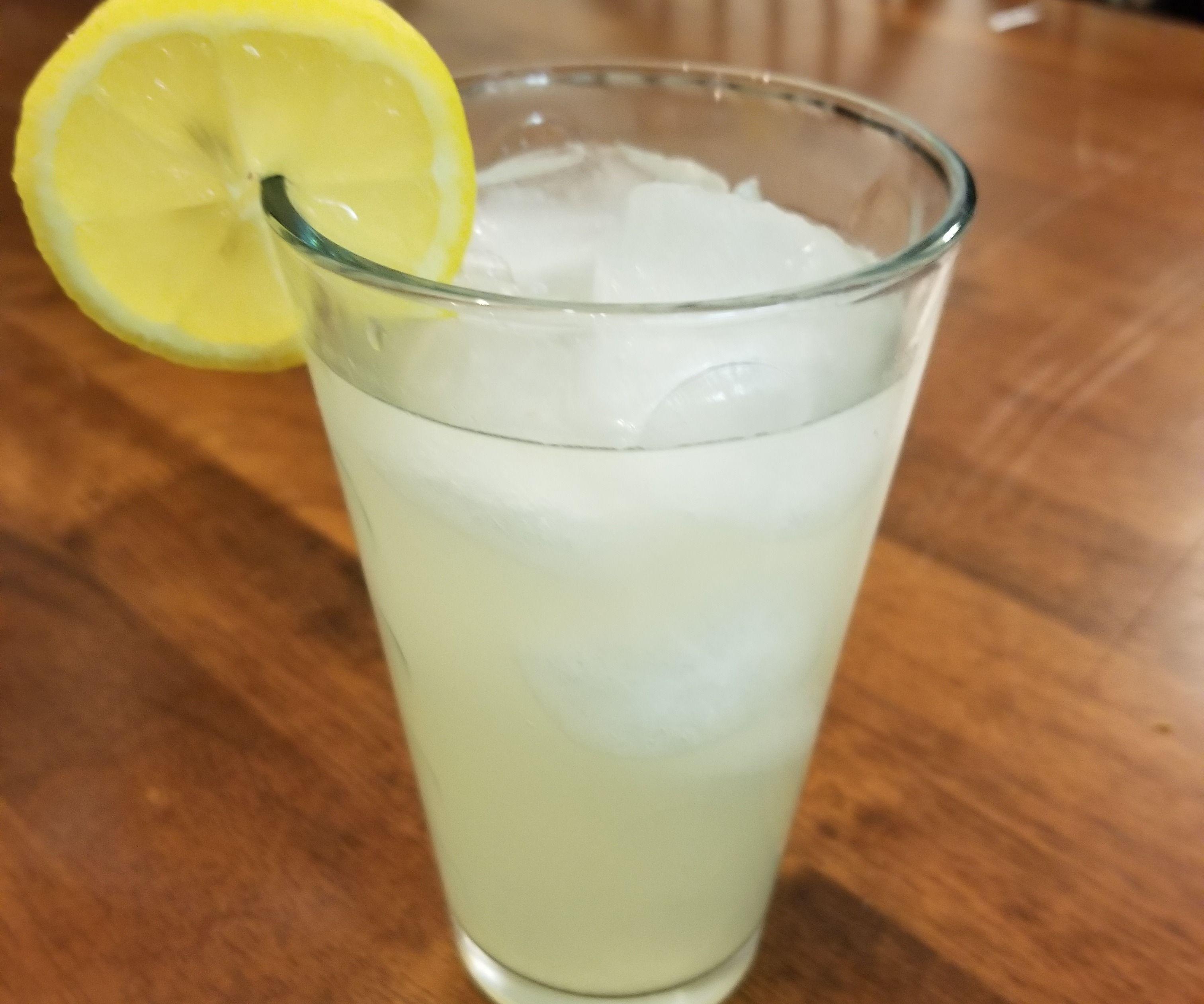 How to Make Sugar-Free Lemonade