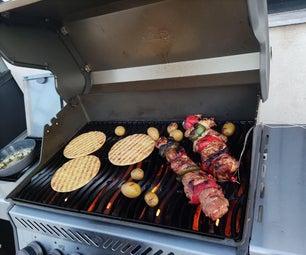 希腊猪肉和鸡肉Kontosouvli