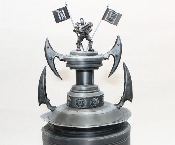 Unreal Tournament Trophy Papercraft