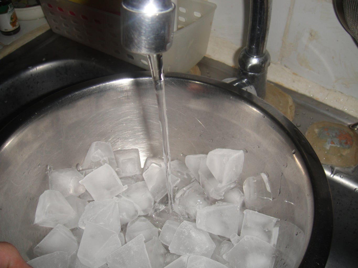 Cooling Down the Mixture