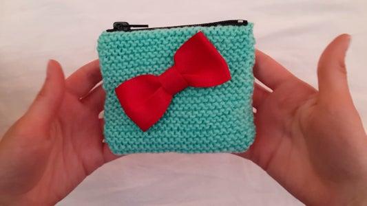 DIY Easy Knit Purse