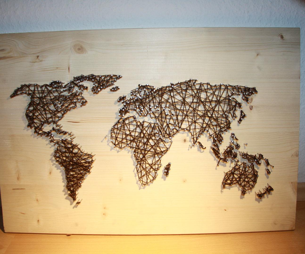 String and Nail Art  `World Map´