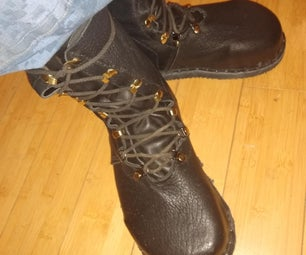Custom Made Wide-Toe Boots Built on a Casting