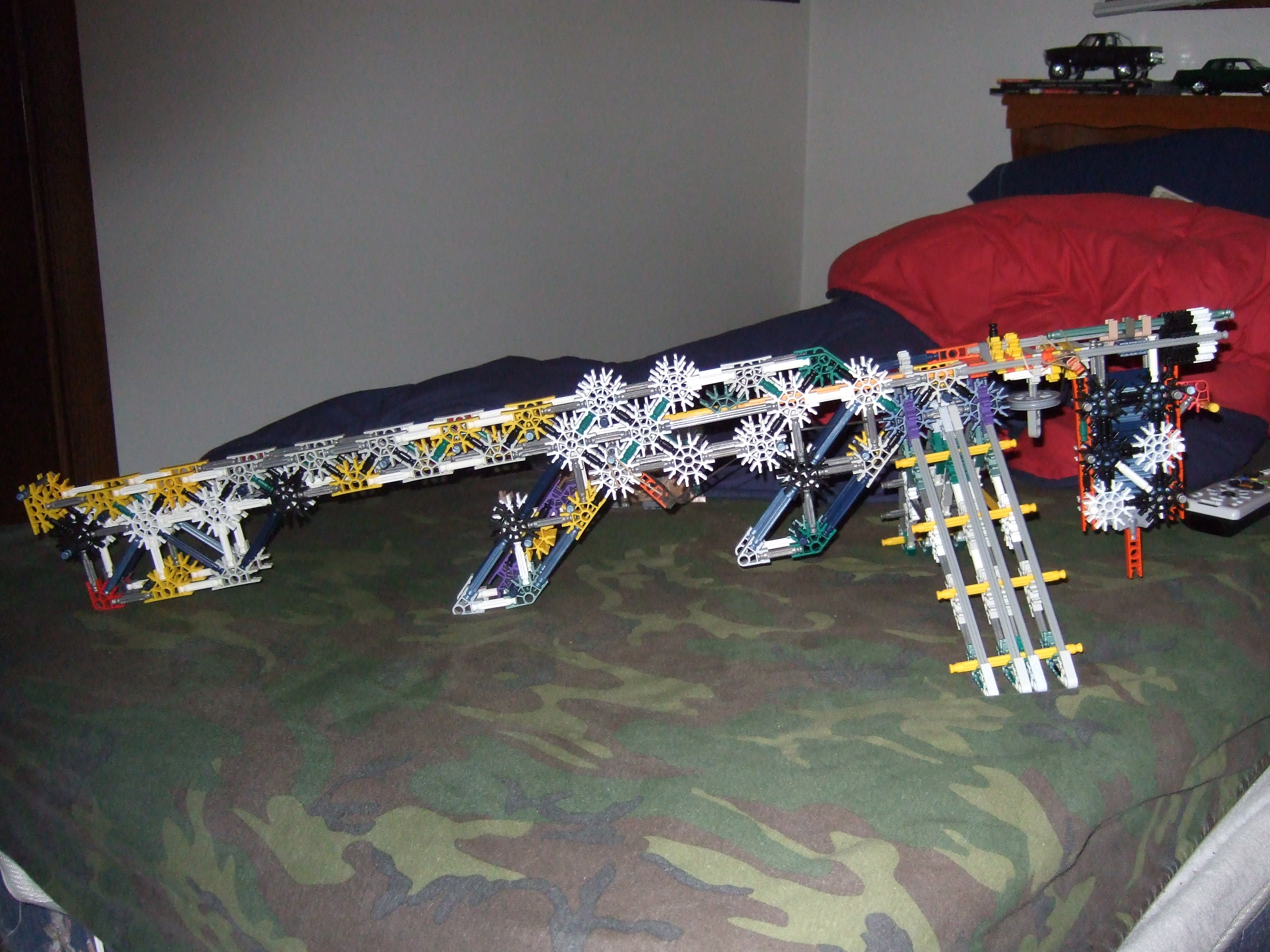 Ghost's 22-250 target rifle (KNEX)
