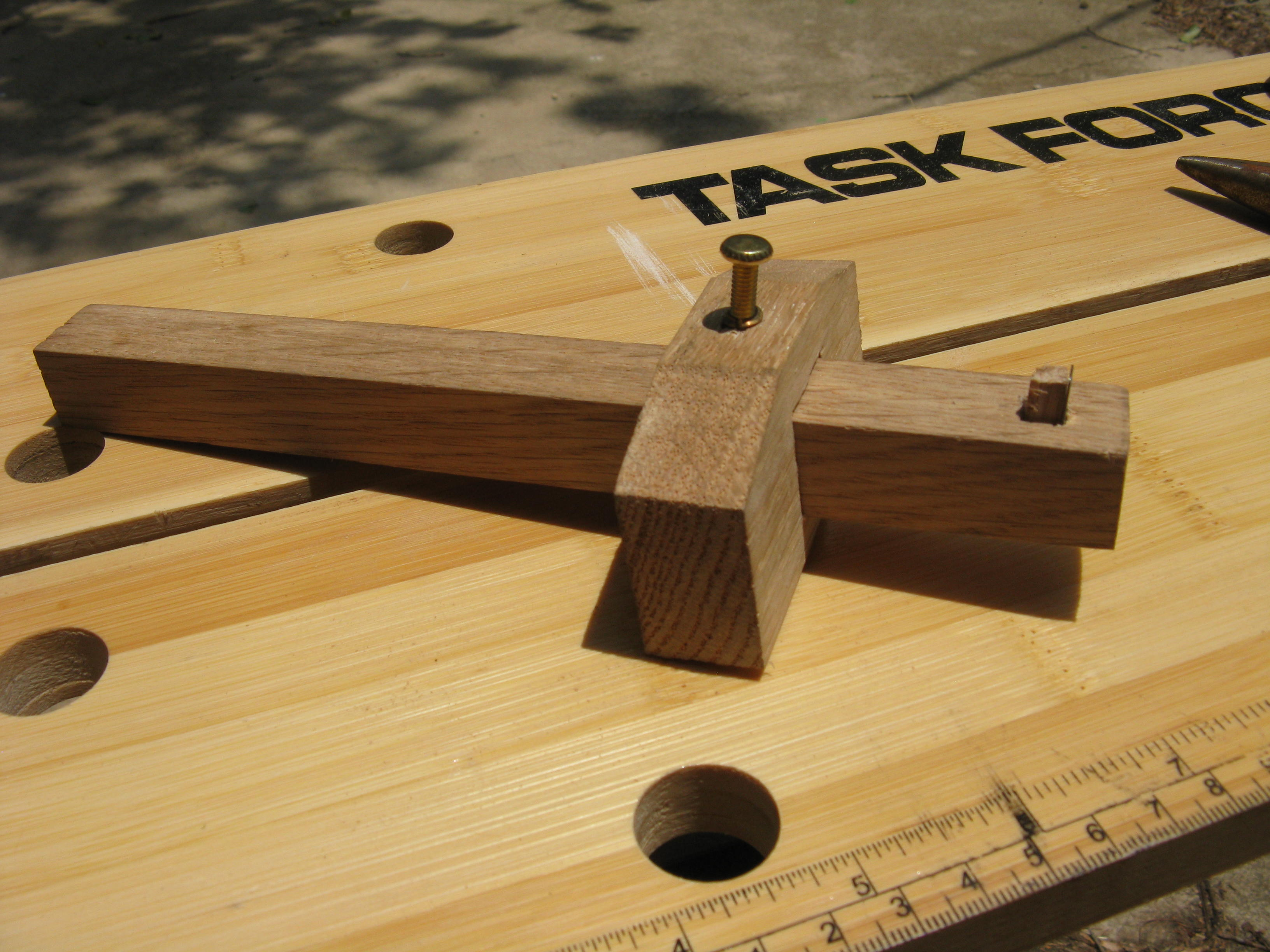 How to make a Cutting Gauge