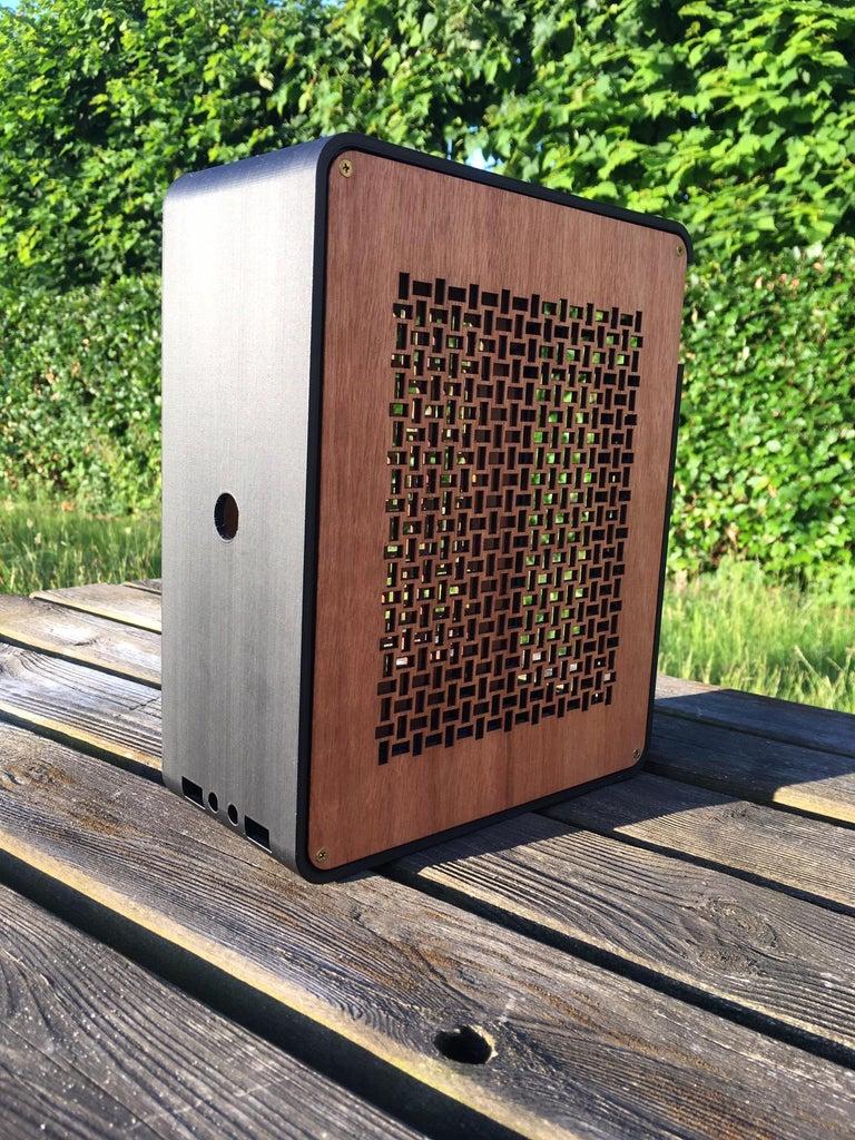 Mikros: Tiny 3D Printed Computer Case