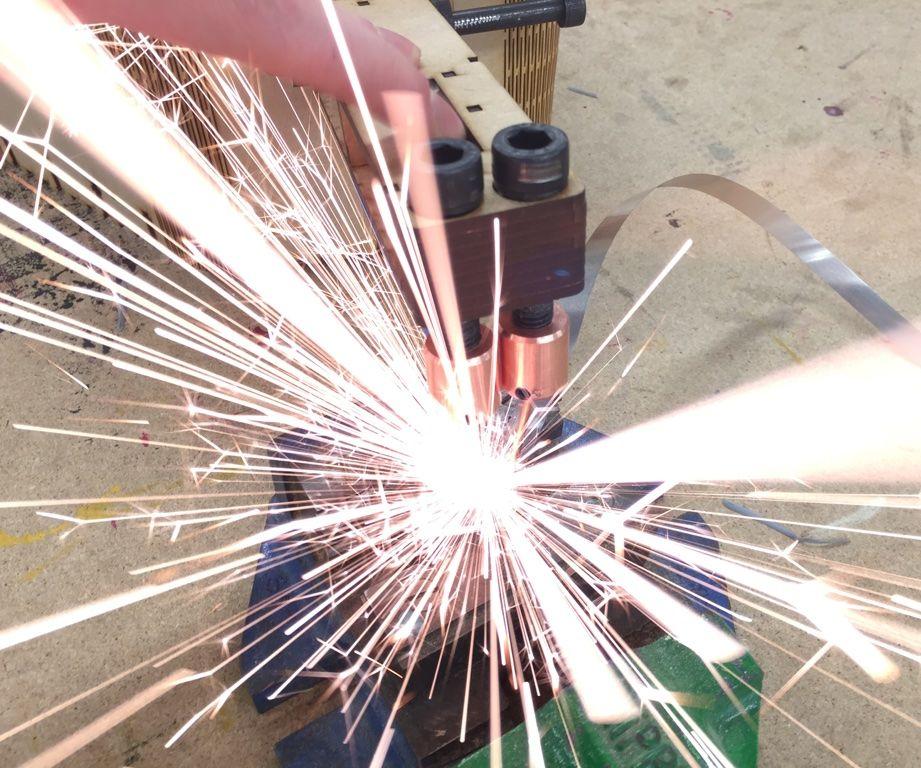 DIY Spot Welder From Microwave