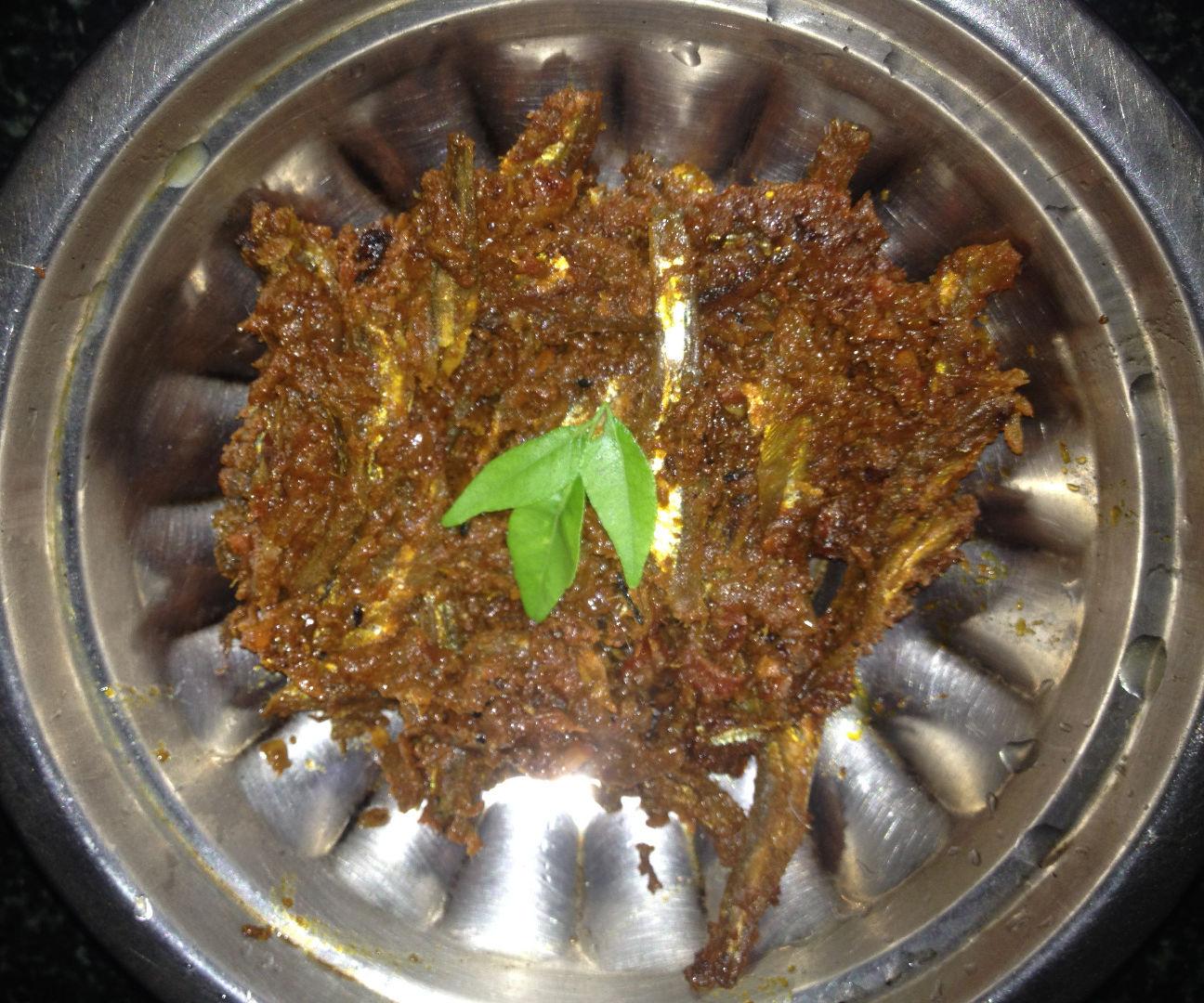Dry fish fry(karuvaadu fry)
