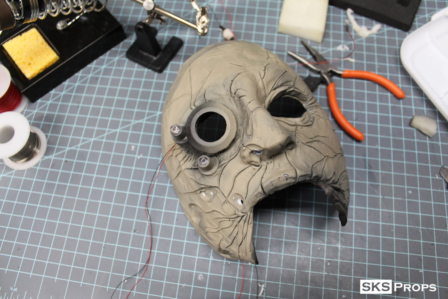Back to the Mask