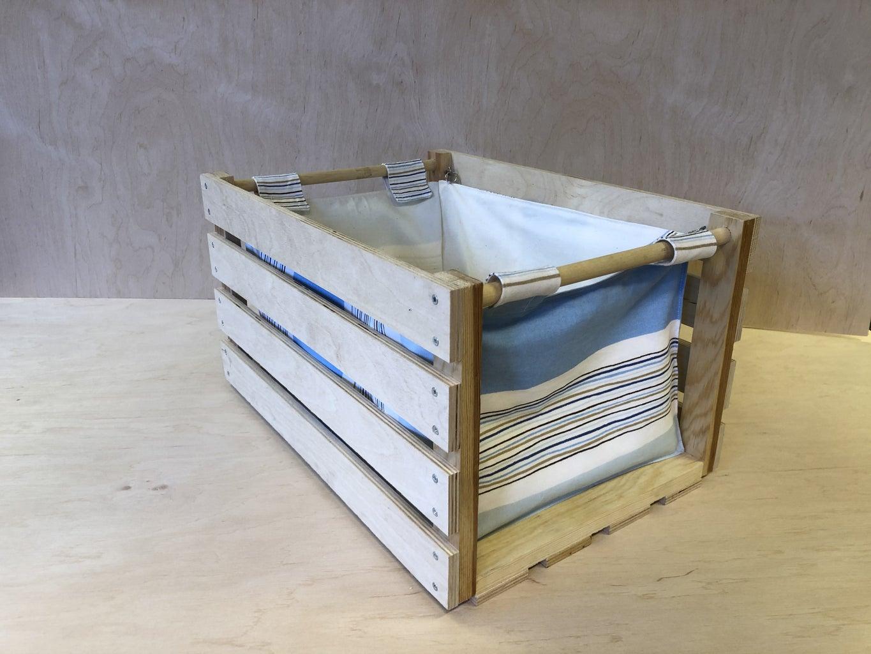 Förvaringsback I Trä/Textil