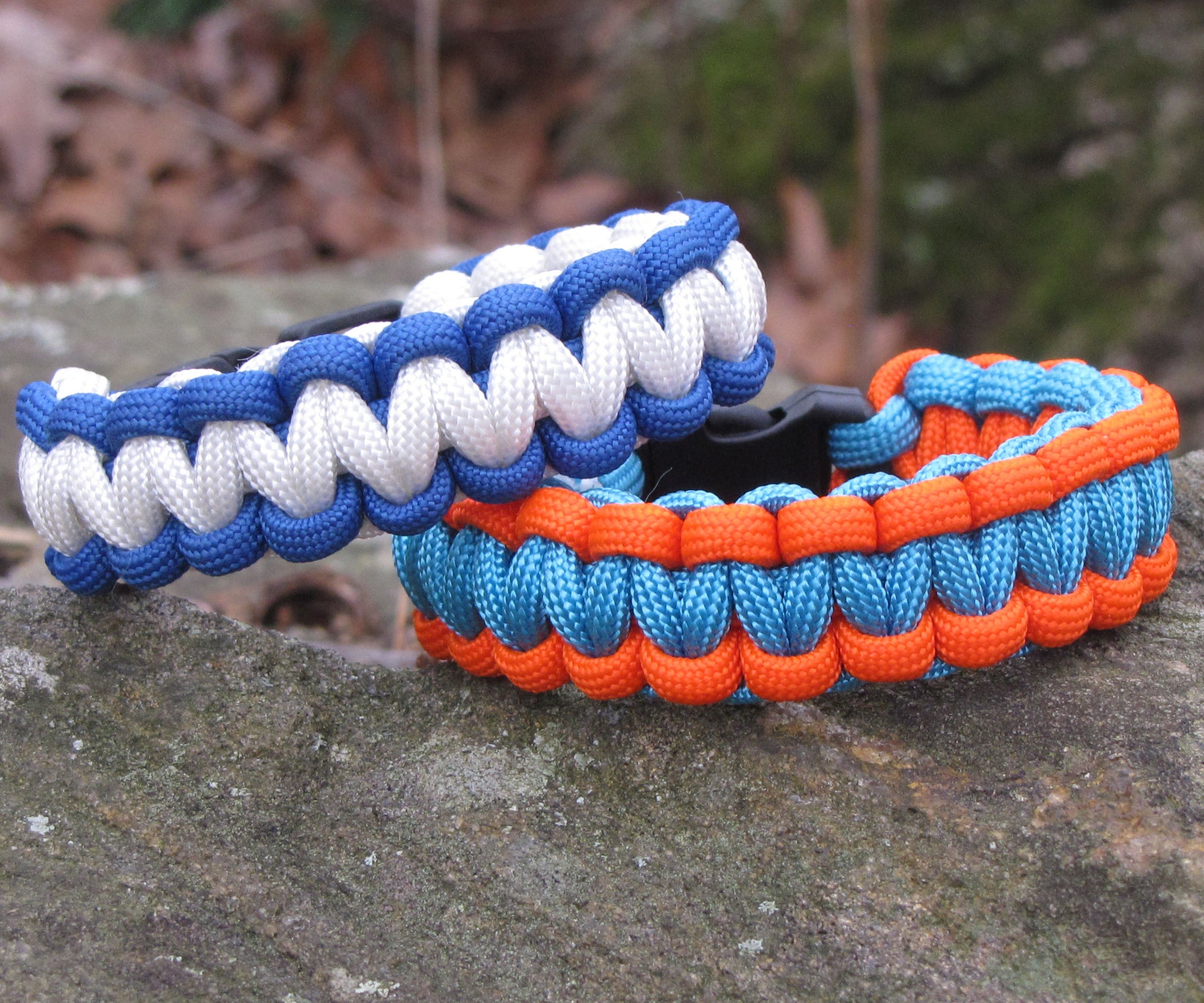 How to Make a Two Color Survival Bracelet