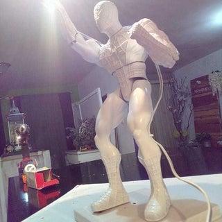 . White R Spiderlamp