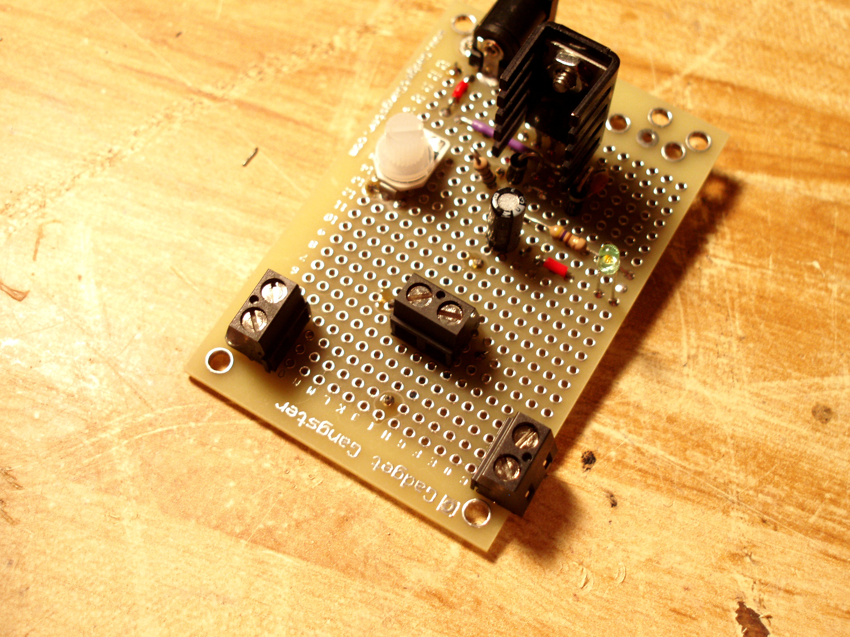 LM317T adjustable power supply
