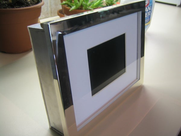 Cheap 'n Easy Digital Picture Frame