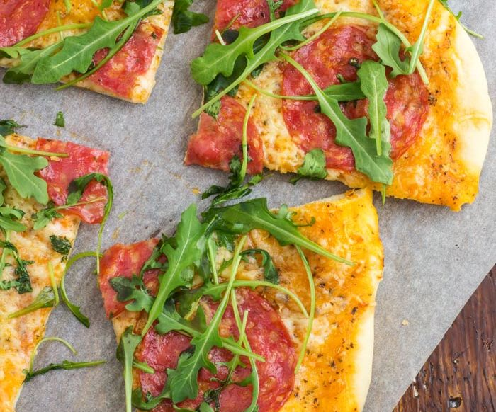 Easy Salami Pizza
