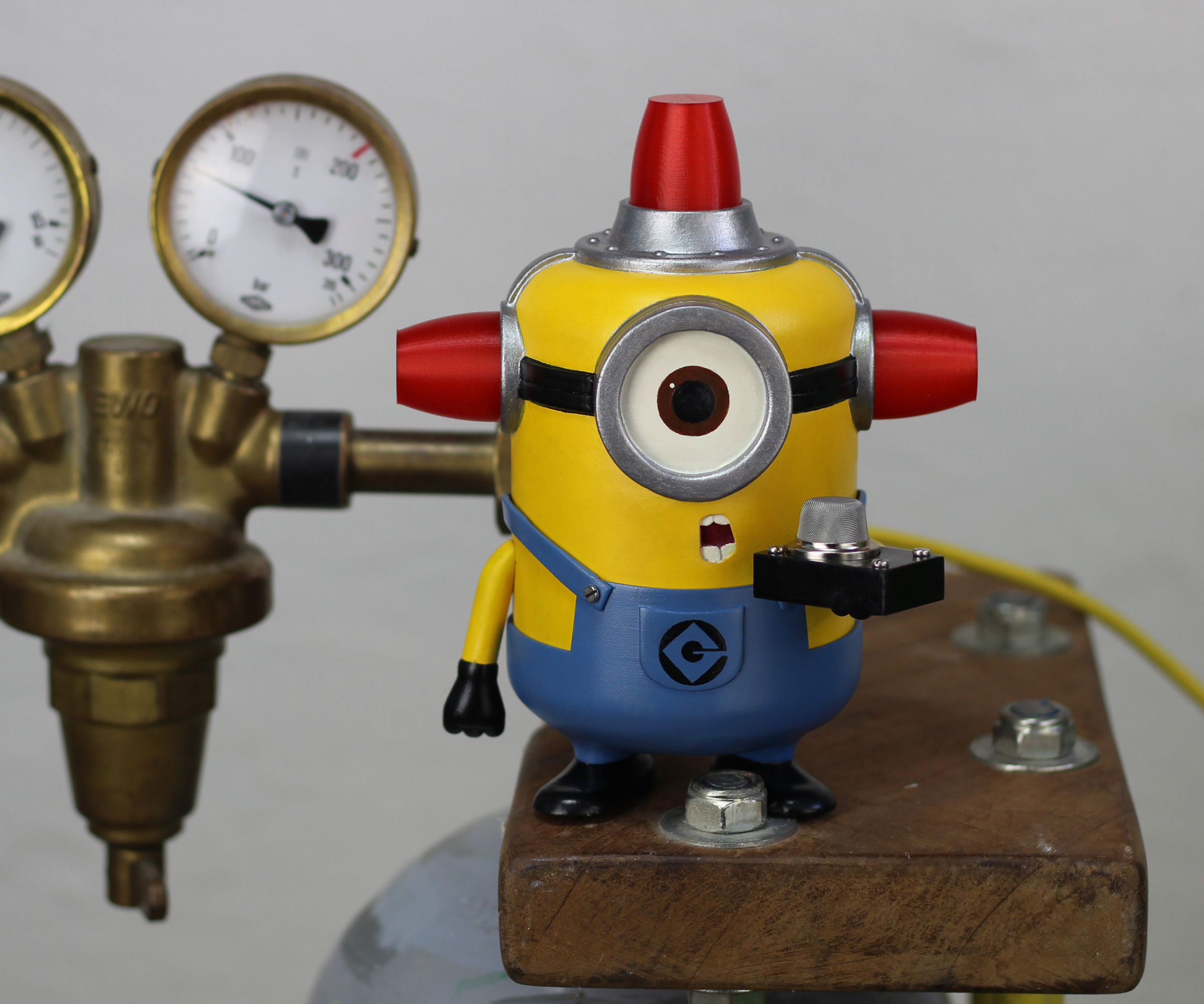 Minion Fart and Smoke Alarm