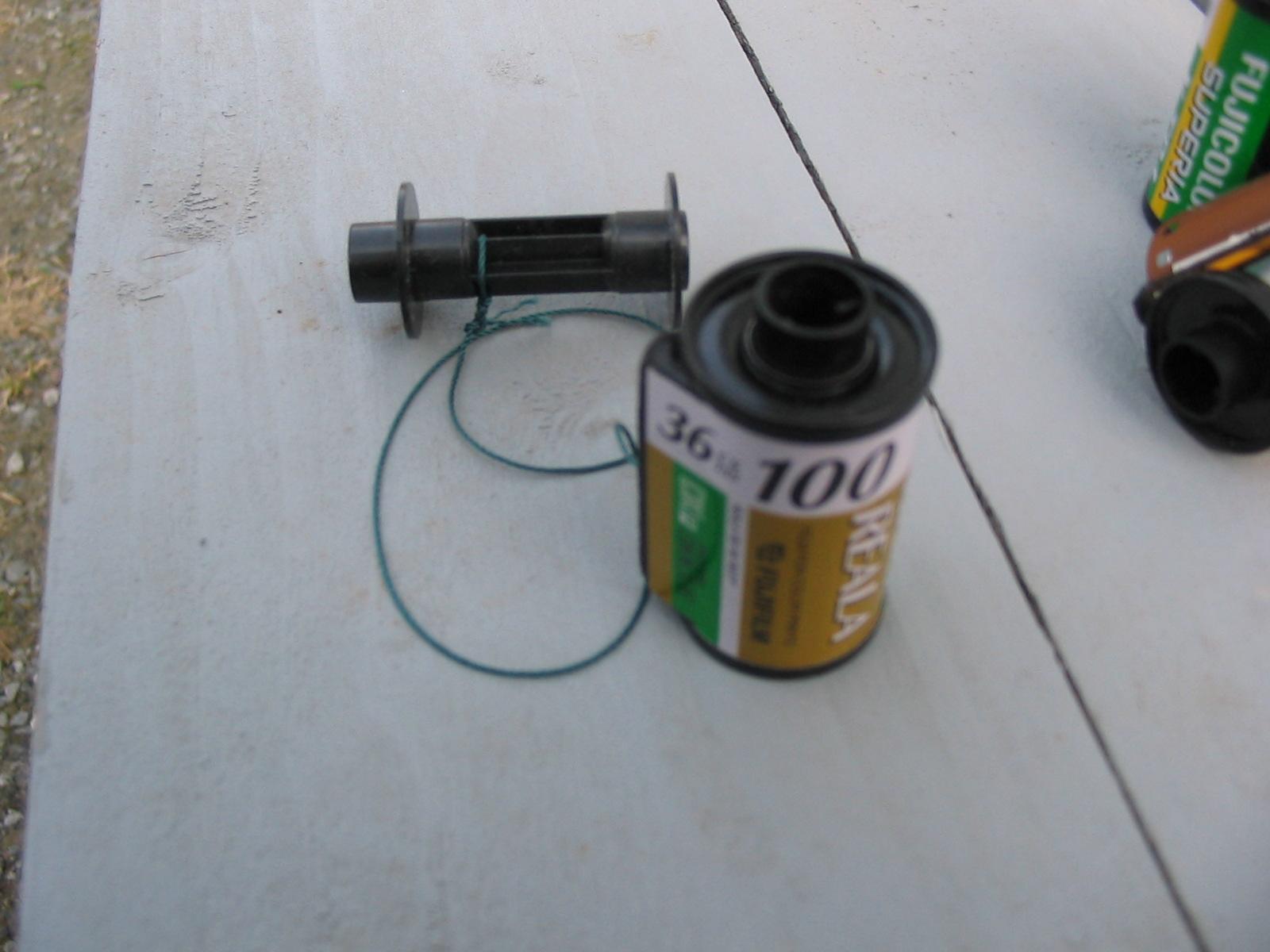 mini fishing reel from a 35 mm film cartridge