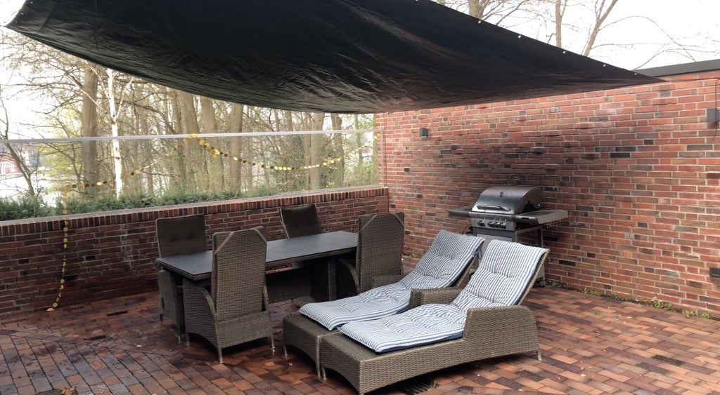 Low Incline Patio Tarp For Rain And Sun, How To Make A Patio Cover With Tarp